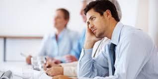 Identifikasi Masalah dan Bicarakan Baik-Baik pada Karyawan yang 'Lesu'