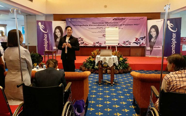 "Seminar ""Mengelola Kecerdasan Emosional Pasien HD"" RS Borromeus Bandung, 16 Juli 2017"