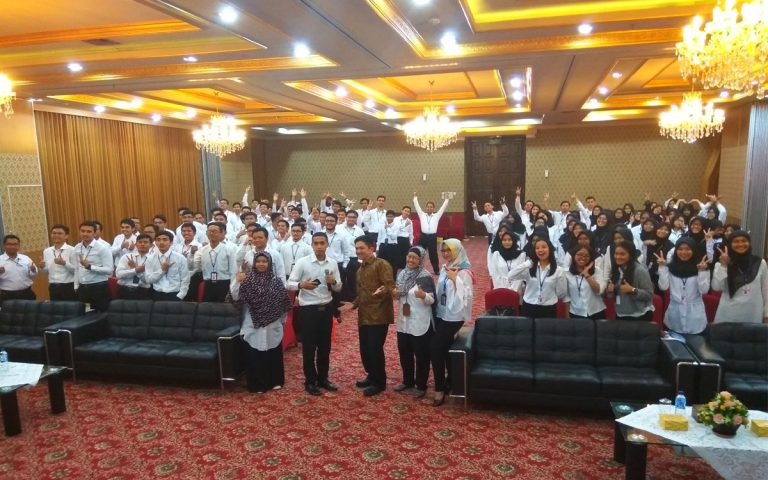 """Seminar """"Becoming A Star Employee"""" DJPK KemenKeu RI, 18 Desember 2017, Gd. Radius Prawiro-Jakarta"""
