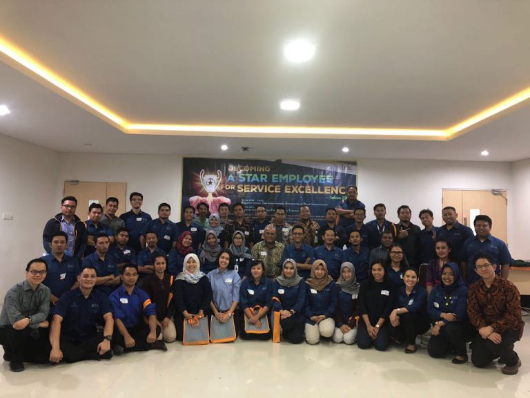 "Becoming A Star Employee For Service Excellent ""Staf dan Leader ITDC (Indonesia Tourism Development Corporation) Angkatan V"" 2 Agustus 2018 di Kantor ITDC Mandalika Lombok"