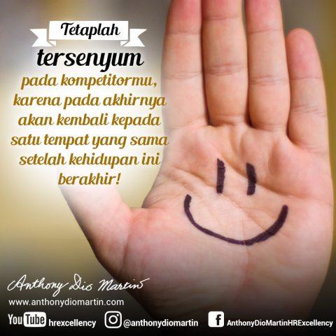 Tetaplah Tersenyum
